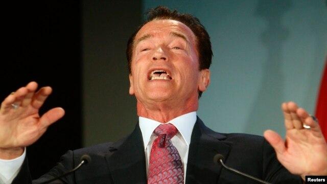 Schwarzenegger ocupó el puesto de gobernador del estado de California, EE.UU. entre 2003 y 2011.