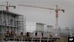 حدود ۷۰ شرکت ساختمانی در این دو پروژۀ بزرگ شامل خواهند بود.