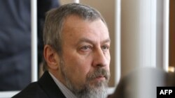Андрей Санников в зале суда.