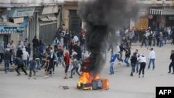 Столкновения молодежи с полицией в городе Аннаба 8 января 2011