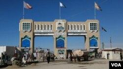 افغانستان اور پاکستان کی سرحد پر واقع گذرگاہ چمن