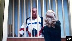 Сергей Скрипаль в зале суда в Москве. Россия. 9 августа 2006 г.