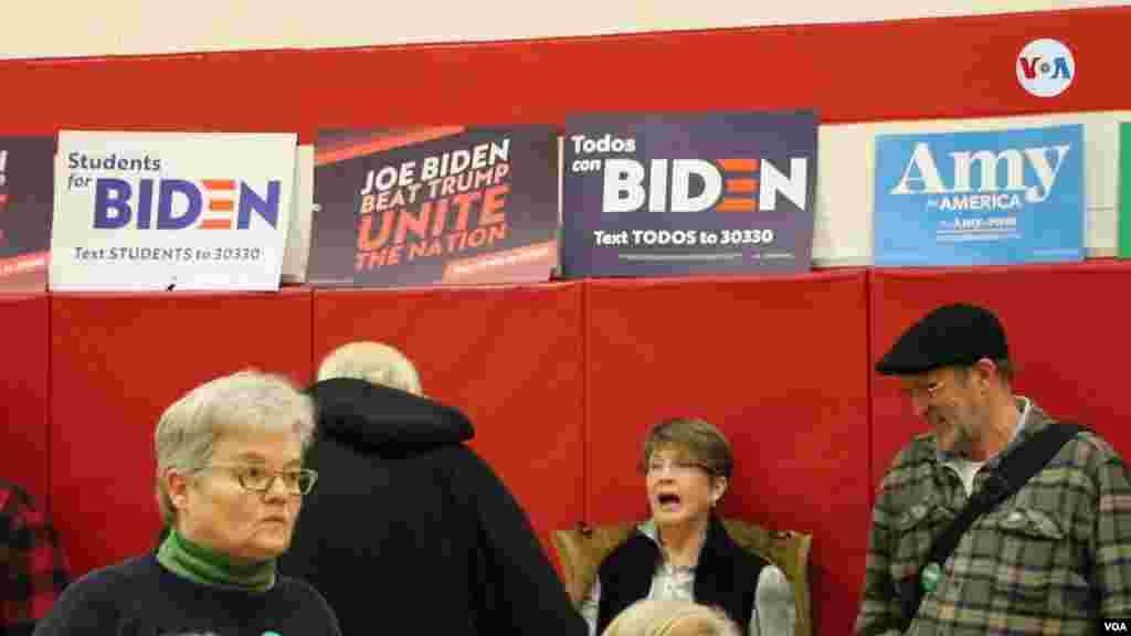 تبلیغات نامزدهای دموکرات در ایالت آیووا.