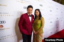 "Livi Zheng bersama sutradara film ""Crazy Rich Asians,"" Jon M. Chu (Dok: Livi Zheng)"