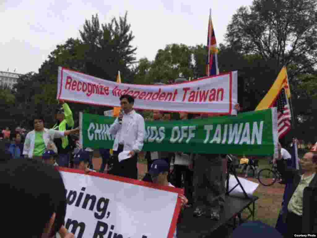 台灣人公共事務會華盛頓分會會長簡明子