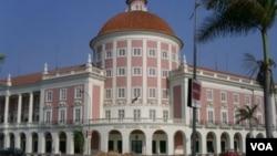 Luanda, Banco Nacional de Angola