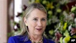 美國國務卿希拉里.克林頓抵印度加爾各答訪問