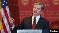 美国联邦调查局局长克里斯托弗·雷在2018波士顿网络安全会议上讲话。(2018年3月7日)