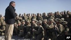 نشریه بلومبرگ: مذاکره افغانستان با ایالات متحده روی حضور دائمی امریکا در افغانستان