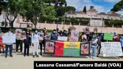 Guineenses manifestam-se em Portugal contra visita de Marcelo Rebelo de Sousa ao país