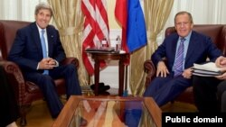 Джон Керри и Сергей Лавров (архивное фото)