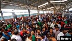 بنگلور میں چہرہ شناخت کرنے کے نظام کی آزمائش جاری ہے جہاں روزانہ 5 لاکھ مسافروں کے چہرے اسکین کیے جا رہے ہیں۔