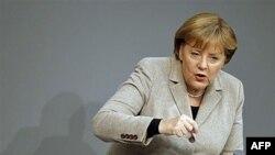 Kancelarja gjermane Angela Merkel sot në Kosovë