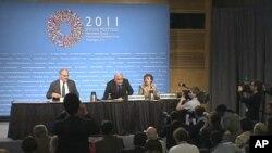 世行和国际货币基金就召开春季年会举行记者会