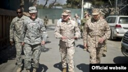 Началникот Демпси во Авганистан