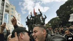 Celebrations in the streets of Tunis, January 22, 2011