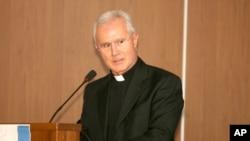 Foto mantan pejabat Vatikan, Monsignor Nunzio Scarano di Salerno, Italia (Foto: dok).