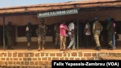 La mairie d'Alindao, à 400 km au sud-est de Bangui, Centrafrique, 29 novembre 2018. (VOA/ Felix Yepassis-Zembrou)