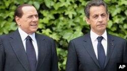 Le Premier ministre Silvio Berlusconi et le président français Nicolas Sarkozy