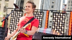 """FILE - Hunter Hayes performs on NBC's """"Today"""" show in New York, June 21, 2013."""