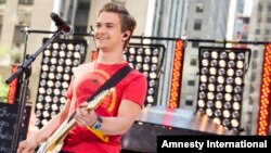 "FILE - Hunter Hayes performs on NBC's ""Today"" show in New York, June 21, 2013."