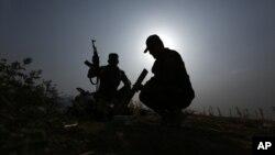 中东伊拉克库尔德人等待武器
