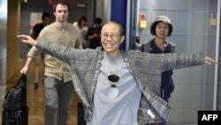 中國政治異議人士、諾貝爾和平獎得主劉曉波的遺孀劉霞於2018年7月10日抵達芬蘭赫爾辛基國際機場。