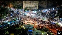 Morsijevi sledbenici održavaju mirne proteste već mesec dana