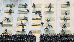 高中生接受军训 分析:打不打仗都强调备战