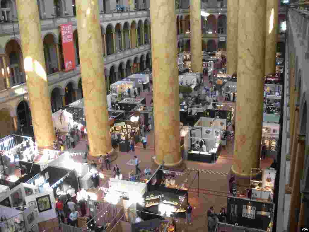 The 2013 Smithsonian Craft Show, National Building Museum, Washington, D.C.