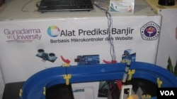 Alat Prediksi Banjir berbasis Mikrokontroler dan Website karya mahasiswa Universitas Gunadarma dalam ajang PRJ.