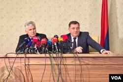 Dragan Čović i Milorad Dodik govore na konferenciji za novinare nakon sastanka na stranačkom nivou, Istočno Sarajevo, 12. novemar 2018.