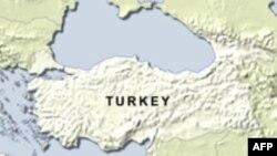 وزیر امور خارجه ترکیه از امضای قرار داد با ارمنستان خبر می دهد