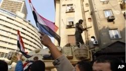 حسنی مبارک مستعفی: مصر کی سڑکوں پر جشن کا سماں