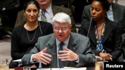 联合国负责维和事务的副秘书长拉德苏星期三在安理会发言要求对南苏丹实行武器禁运