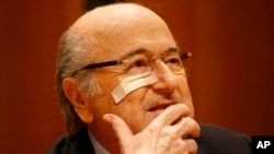 부패 추문에 휩싸인 제프 블라터 국제축구연맹 FIFA 회장이 21일 스위스 취리히에서 기자회견을 가졌다.