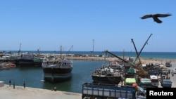 Suasana di Pelabuhan Bosaso, Puntland, Somalia, 19 April 2015. (Foto: dok).