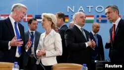 Ministri odbrane NATO-a odlučili u Briselu da zadrže sankcije Moskvi dok se primirje u Ukrajini u potpunosti ne sprovede
