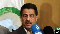 فلاح القیسی، عضو شورای استانی بغداد درباره ربوده شدن رئیس شورا به رسانه ها توضیح می دهد - چهارم مرداد