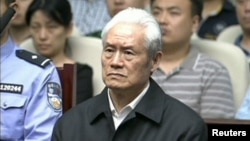 前中央政治局常委周永康6月11日﹐在天津市第一中級人民法院聆聽對其罪行的判處。