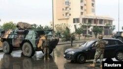 عکس آرشیوی از یک ایستگاه بازرسی نیروهای ارتش لبنان در طرابلس