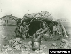 This 1898 photo by Jesse Hastings Bratley shows a group of Sicangu Lakota men in a sweat lodge, covering raised. Likely taken at Rosebud Reservation, South Dakota. Negative 53401 A, National Anthropological Archives, Smithsonian Institution, Washington, D
