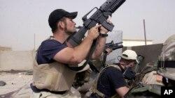 Para kontraktor militer AS yang bekerja untuk perusahaan Blackwater dalam Perang Irak (foto: ilustrasi).