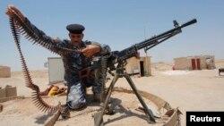 Quân đội Iraq phát động 1 cuộc phản công qui mô lớn để chiếm lại thành phố Tikrit.