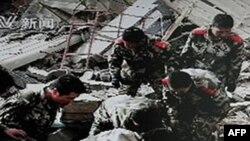 Cảnh tàn phá trong trận động đất ở Yushu hồi tháng 4