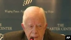 Former US president Jimmy Carter gives a press conference in Cairo, 13 January 2012