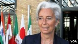 Menkeu Perancis, Christine Lagarde melakukan kampanye ke Tiongkok (8/6) untuk menduduki posisi Kepala IMF.