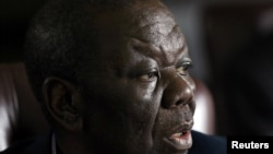 UMnu. Morgan Tsvangirai ulakho ukutshiya isikhundla sikamongameli webandla leMDC-T.