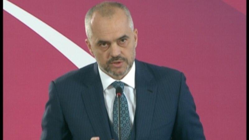 Qeveria shqiptare angazhohet të shlyejë borxhet e prapambetura nga investimet publike