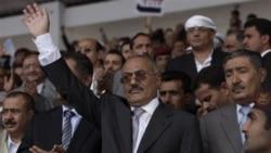 صالح به یمن بازمی گردد